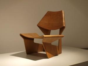 800px-Grete_Jalk_-_GJ_chair